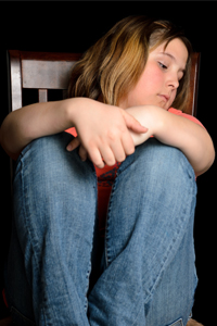 Feelings of depression and binge eating go hand in hand in teen girls