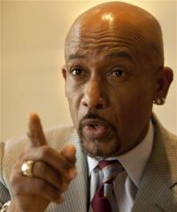 Montel Williams: Israel leads in medical marijuana (AP)