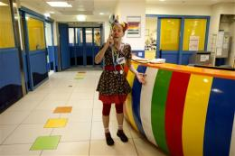Israeli clowns pioneer new medical treatments