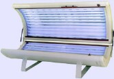 College students who use tanning beds often burn: study