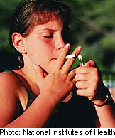 Fewer young americans smoking, survey finds