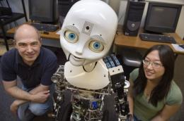 How non-verbal cues can predict person's—and robot's—trustworthiness