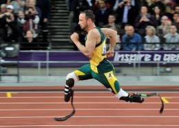 Pistorius has said he had been at a disadvantage in terms of leg length after losing his T44 200m crown