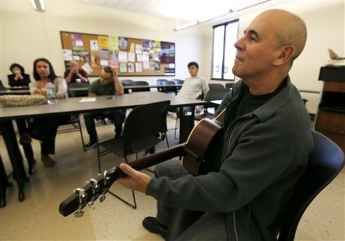 Program helps veterans reintegrate through music