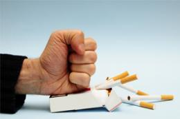 Review confirms value of combined approach to quitting smoking