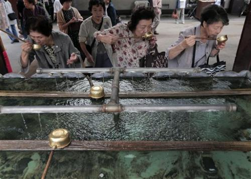 UN urges protection for elderly as world grays