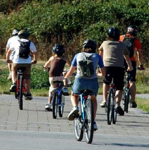 Mandatory helmet laws decrease head injuries among cyclists of all ages, study finds
