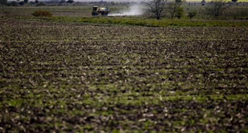 Argentines link health problems to agrochemicals