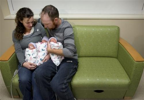Calif. couple conceives rare identical triplets