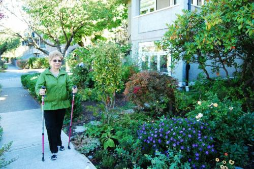 Cardio and weight training reduces access to health care in seniors