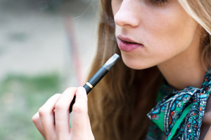 Doctors unaware that more teens are turning to E-cigarettes