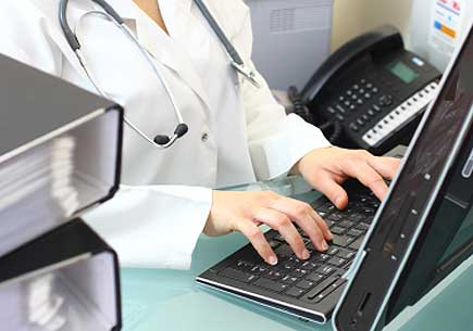 Doctors who adopt electronic health records may lose money