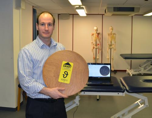 Physiotherapist creates new interactive wobbleboard to help rehabilitate patients