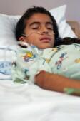 Kids hospitalized for flu need antiviral meds right away: study