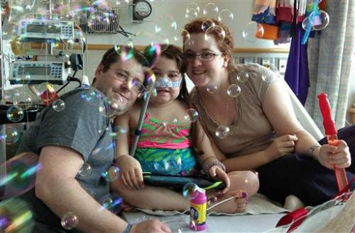 Pa. girl to leave hospital after lung transplants