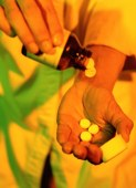 Prescription painkillers trail only marijuana in abuse rates, report shows