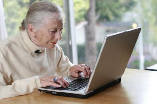 Should grandma join facebook? It may give her a cognitive boost, study finds