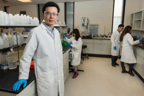 Research team discovers molecule that may help fight cancer drug resistance