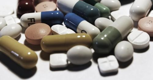 Anti-cholinergic drugs impair physical function in elderly patients