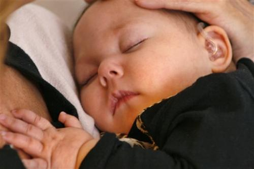Cuddlers soothe babies too sick, tiny to go home