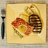 Fish, exercise may help thwart colon cancer's return: study