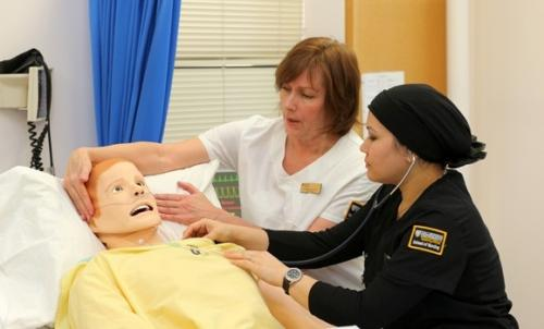 Nursing's new high-tech trainers