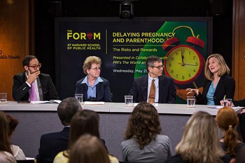 Panelists explore trend toward later parenthood