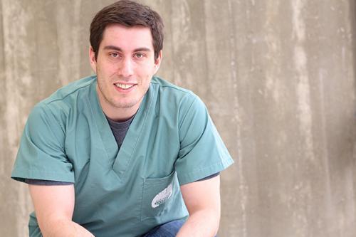 Postdoc unravels secrets to implant effectiveness