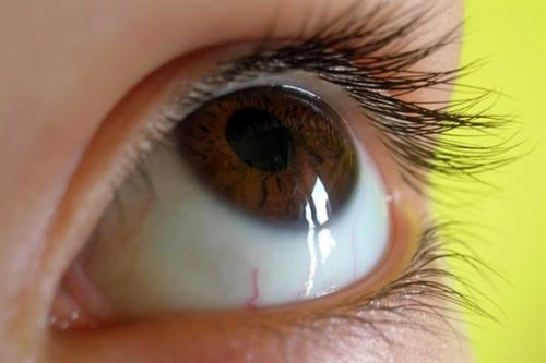 Simple test could detect serious eye condition early
