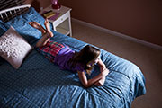 TV viewing time linked to sleep duration in children