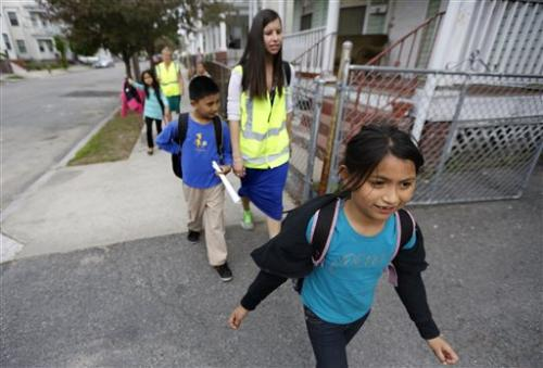 US children are embracing the walking school bus