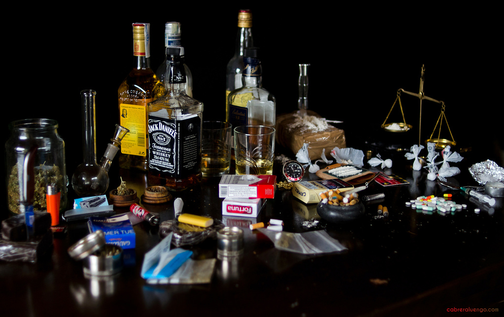 drugs alcohol research paper Running head: preventing prescriptions drug abuse among the goal of this capstone paper is to present current and up to date research on prescription drug.
